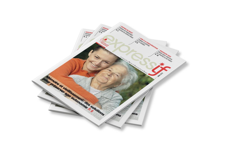 Un tas de magazines du numéro 5 d'Expressif